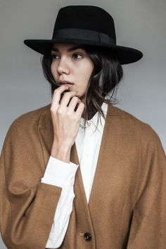fcdd62d5c77 Wide brim hat outfit ideas. Minimalist. - Latest trends and fashion advice  at www