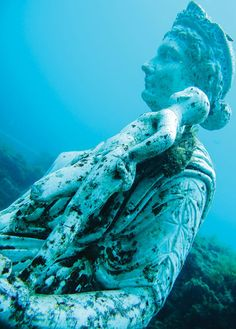 From ancient civilizations to recently discovered shipwrecks dating back to discover the best underwater ruins in the Mediterranean - BAIAE, ITALY Mycenaean, Minoan, Underwater Ruins, Mark Antony, Trojan War, Library Images, Deep Blue Sea, Ancient Rome, Ancient Civilizations