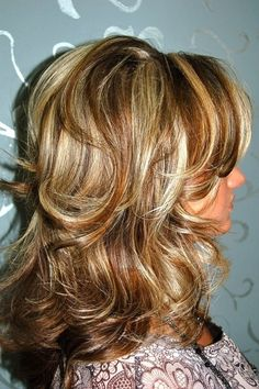 Love this ~ medium length hair with layers