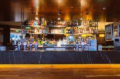 Melbourne hotel accommodation   Melbourne restaurant   Bar   Bar set-up