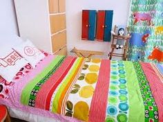 Quilt made for my daughter - a mix of vintage and retro cottons