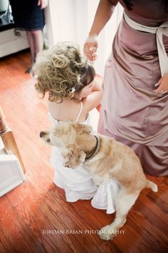 keep dogs away from the flowers girls on the wedding day