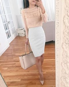 Work attire ideas for Fashion outfits Work Outfits Office Outfits Fall Fashion 2019 Winter Outfits 2019 Pants Outfits 2019 Crop Top Outfits 2019 Summer Fashion 2019 Fashion Business, Business Professional Outfits, Business Casual Outfits, Office Outfits, Classy Outfits, Young Professional, Business Women, Business Chic, Office Wear