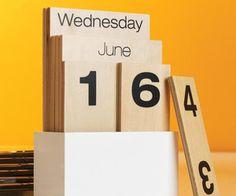 Wood Shuffle Calendar
