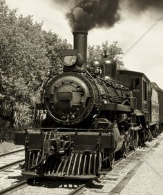 Old Locomotive - Sepia - Fototapeter & Tapeter - Photowall