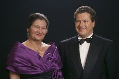 Simone Veil and her son. Simone Veil, Celebrity Pictures, Marie, Images, Portraits, Leather Jacket, France, Celebrities, Fashion