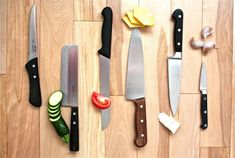 Most people don't realize is that using the correct knife can actually improve your cooking. Culinary Classes, Culinary Arts, Cooking Classes, Cooking Tips, Prep Kitchen, Kitchen Hacks, Kids Plates, Food Science, Cooking School