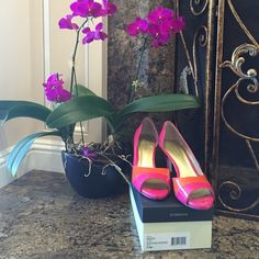 """Liz Claiborne """"FEISTY"""" Fuschia/Orange patent leather pump, w/open toe. In excellent condition though worn frequently. Fun colors for spring & summer or really liven up a dark outfit. Comfortable heel height without a huge arch to tire the feet. Liz Claiborne Shoes Heels"""