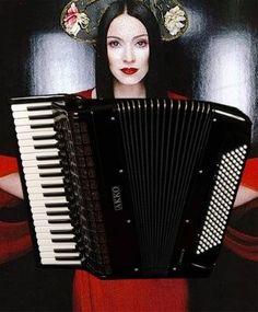 """Ein Bild von Madonna mit Akkordeon als Dekoration zu  einem Cover auf SoundCloud ihres Songs """"Nothing Really Matters"""", gespielt von Zirco aus Dnipropetrovsk, Ukraine: http://soundcloud.com/zicro/madonna-nothing-really-matters Stichworte: #Accordion, #Art, #Music, #Soundcloud, #MP3, #Player, #Celibrity"""