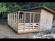 How to build an outdoor pig pen - watch this for basic construction techniques to build a chicken coop