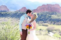 Jillian and Patrick decided to come all the way to Colorado from California to elope with the beautiful Rockies in the background. They thought about planning a big wedding, but the more they thought about it, they more they knew that doing something small and intimate was a better fit for them. They also knew …