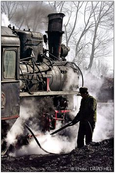 I love everything about this photo #SteamTrain #Railroad #Steam #Engineer