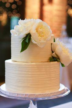 Simple Buttercream Iced 2 Tier Cake