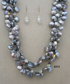 Beverly Grant/Necklace Set $399