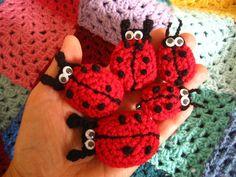 Crochet ladybirds free pattern