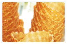 GLASSRÅN | GlassAkademin.se Icecream, Waffles, Baking, Breakfast, Food, Morning Coffee, Ice Cream, Bakken, Waffle