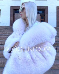 Fox Fur Coat, Fur Coats, White Fox, Blue And White, Fur Fashion, Womens Fashion, White Face Mask, Fabulous Furs, Big And Beautiful