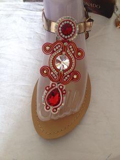 Sandalias decoradas en hilo d soutache