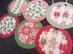 Christmas Gift Tags Set of 6 Red and Green, Holly, Gingham, Quilt Pattern, Gingerbread Boys, Country, Favor Tags