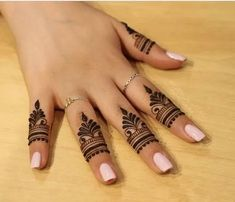 15+ Unique Finger Mehndi Designs That You'll Absolutely Love | WedMeGood