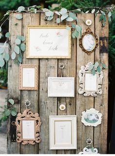 Рассадка гостей на свадьбе из винтажных рамок