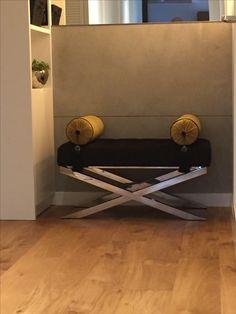 Siedzisko fotel pufa.realizacja w apartamencie w Katowicach