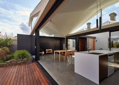 Tunnel House extension in Melbourne by MODO
