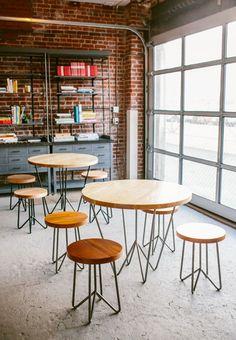 YEAH! cafe sets @UniqueSpace