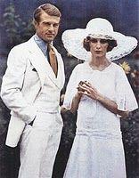 Robert Redford as Jay Gatsby and Mia Farrow as Daisy Buchanan