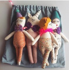 CUSTOM MADE bag with 4 mini dolls