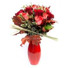 bouquets from red and orange roses, decorated with autumn leaves and delivered in this red glass vase. Red Glass, Glass Vase, Orice, Rose Arrangements, Orange Roses, Types Of Flowers, Rose Bouquet, Autumn Leaves, Bouquets