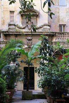 Rom, Via di Monserrato, Palazzo Varese, Innenhof (courtyard)