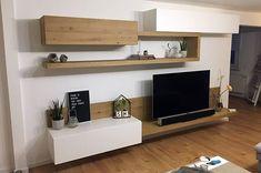 Die Kombination aus offenen und geschlossenen Elementen gibt der Livitalia Wohnwand C25 einen besonderen Charme. Die Wohnwand kann individuell an Ihre Wünsche angepasst werden wie hier bei einem unserer zufriedenen Kunden.  #Wohnzimmer #Wohnwand #TV #Regal #wallsystem #modern #zeitlos #minimalistisch #minimalism #Inspiration #Inneneinrichtung #wohnstil #wohntrend #home #einrichten #wohnen #livingroom #interiordesign #interiordecorating #Möbel #Design #Designmöbel #Luxus #Livarea