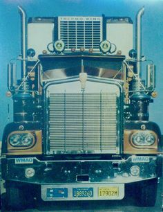 1976 Kenworth W900-A.