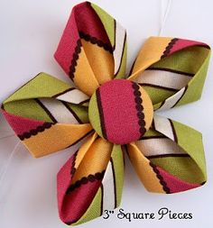 Fabric Flowers Tutorial Site by MakeBowsandMore.com Making Fabric Flowers, Cloth Flowers, Felt Flowers, Flower Making, Diy Flowers, Burlap Flowers, Kanzashi Tutorial, Origami Tutorial, Kanzashi Flowers