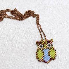 Collier sautoir hibou doré, vert pomme et bleu lavande tissé en perles miyuki delicas