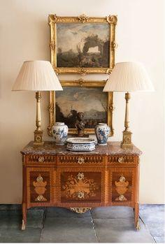 36 popular rustic farmhouse living room decor ideas for comfortable home Foyer Decorating, Interior Decorating, Interior Design, Design Design, Traditional Decor, Traditional House, Home Furniture, Furniture Design, Deco Furniture