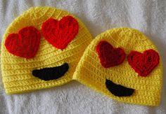 eye heart you emoji crochet hat pattern free! Crochet Kids Hats, Crochet Cap, Crochet Beanie, Free Crochet, Crocheted Hats, Crochet Clothes, Emoji Craft, Sombrero A Crochet, Crochet Character Hats