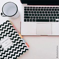 Tirar um tempo para se planejar faz toda diferença, experimente! www.paperview.com.br #meudailyplanner #dailyplanner #planner2017 #lifeplanner #chevron #paperview_papelaria