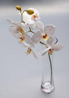 "Master class ""Biała orchidea Phalaenopsis z Foamirana"" - Hobby-Box. Leather Flowers, Silk Flowers, Fabric Flowers, Paper Flowers, Polymer Clay Flowers, Ceramic Flowers, Foam Crafts, Crafts To Do, Flower Centerpieces"