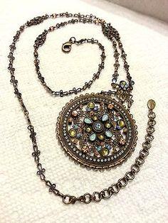 SORRELLI AURORA BOREALIS SNOWFLAKE SWAROVSKI CRYSTAL NESCKLACE - http://elegant.designerjewelrygalleria.com/sorrelli/sorrelli-aurora-borealis-snowflake-swarovski-crystal-nescklace/