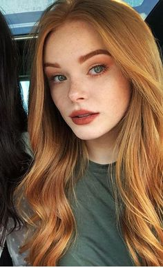 red hair Long Dark Root Blonde Synthetic Wig Ocean Wavy Glueless Synthetic Front Lace Wigs for Women Red Hair Makeup, Redhead Makeup, Makeup For Redheads, Pale Skin Makeup, Girls With Red Hair, Red Hair With Blue Eyes, Red Hair Looks, Red Orange Hair, Long Red Hair