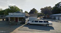 "automobile salesman in Jonesboro (Arkansas) / 35°50'53.00""N 90°42'17.19""W (Google Earth Street View)"