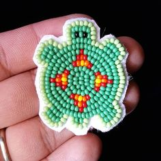 needles broke so I can't finish anything just yet. Native Beading Patterns, Bead Embroidery Patterns, Beadwork Designs, Beaded Earrings Patterns, Seed Bead Patterns, Native Beadwork, Native American Beadwork, Beaded Brooch, Beaded Embroidery