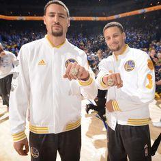 COOL KAT (klay alexander Thompson) and  thee point god-SAINT STEPHEN !!! OR THE SPLASH BROTHERS WITH THEIR JEWELRY !!!
