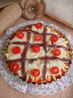 CON GORRITO Y DELANTAL: Macarrones pizzeros