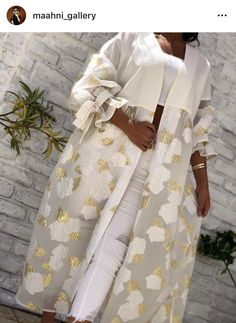 Hijab Fashion Summer, Modern Hijab Fashion, Street Hijab Fashion, Abaya Fashion, Muslim Fashion, Modest Fashion, Fashion Dresses, Mode Abaya, Mode Hijab