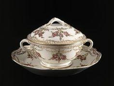 Soupière en porcelaine de Limoges - 1788
