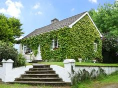 EVERGREEN COTTAGE, pet friendly, country holiday cottage, with open fire in Cahir, Ref 9750 - Cahir Holiday Rentals - TripAdvisor  http://www.tripadvisor.co.uk/VacationRentalReview-g212097-d2240497-EVERGREEN_COTTAGE_pet_friendly_country_holiday_cottage_with_open_fire_in_Cahir_Ref_975.html