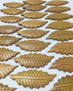 Vintage Wood Leaf Beads  Carved 3L Leaves  by TheVintageRoad2Retro